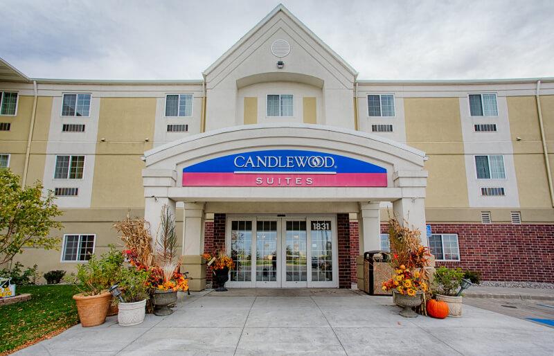 Candlewood-Exterior-2048x1315 (4)